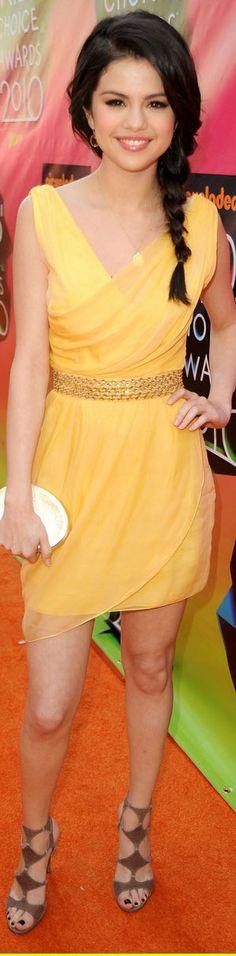 Selena Gomez cocktail dress #sexy #chic #fashion