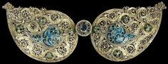 Belt clasp , Cyprus 1750-1850, silver-gilt with filigree, enamel and pastes