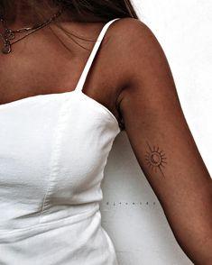 mini tattoos with meaning ; mini tattoos for girls with meaning ; mini tattoos for women Small Shoulder Tattoos, Small Hand Tattoos, Dainty Tattoos, Tattoos For Women Small, Tiny Sun Tattoo, Sunshine Tattoo Small, Simple Sun Tattoo, Delicate Feminine Tattoos, Tattoo Sun