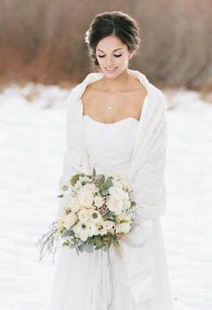 63 Exquisite White Winter Wedding Ideas | HappyWedd.com