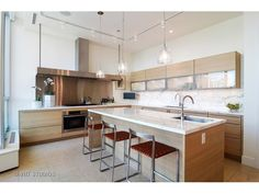 (MRED) For Sale: 3 bed, 3.5 bath, 3349 sq. ft. condo located at 30 W Oak St Unit 9B, CHICAGO, IL 60610 on sale now for $3,750,000. MLS# 09285101. THE GOLD COASTS Top Boutique Building! Meticulously upgrad...
