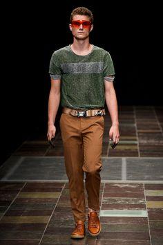 Mardou&Dean_ss16-fy9 me gustan eso pantalones!