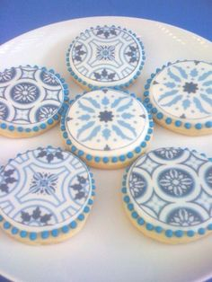 so pretty i want to design cookies like this