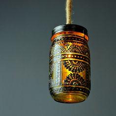 cool use of a Mason jar!