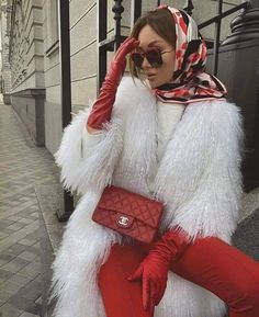 Winter Fashion Outfits, Hijab Fashion, Stylish Outfits, Cute Outfits, Head Scarf Styles, Holiday Party Outfit, How To Wear Scarves, Looks Cool, Fashion Models