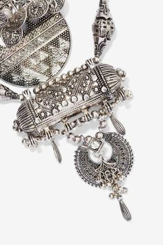 Amanti Tiered Necklace - Accessories | Necklaces | Accessories | All | Ménage au Mirage