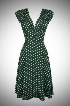 Pretty Irish inspired green and cream polka dot print 40s dress.
