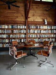 Eames Aluminum Soft Pad in Library