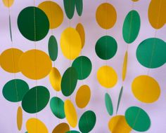 Green and gold paper circle garland // For a Baylor baby shower, birthday party, or graduation party!