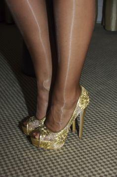 Legs in Platino Cleancut