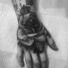 - 60 Eye-Catching Tattoos on Hand