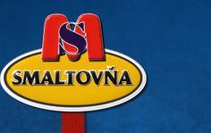 Firma Smaltovňa, s.r.o sa zaoberá smaltárskou výrobou rôznych grafík , erbov, obrazov, znakov, písma, dopravných značiek, bezpečnostných tabúľ, vodomerných lát, potrubných štítkov, ale aj čísiel domov, uličných tabúľ. Od roku 1994 firma sídli v nových priestoroch na Bratislavskej ulici v meste Holíč, ktoré leží blízko hraníc s Českou republikou