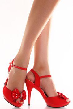 bow heel pumps