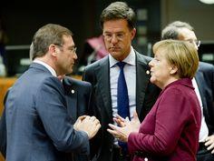 https://flic.kr/p/zM98jL   Meeting   From left to right: Mr Pedro PASSOS COELHO, Portuguese Prime Minister; Mr Mark RUTTE, Dutch Prime Minister; Ms Angela MERKEL, German Federal Chancellor.