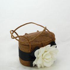 Bosom Buddy Charleston Bag (Lily exclusive)