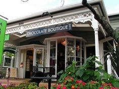 The Chocolate Boutique in Parnell, Auckland is pretty unique - wonderful chocolaty and they do nice coffee too! Chocolate Boutique, Long White Cloud, Best Coffee, Auckland, Kiwi, Great Places, Restaurants, To Go, Shops