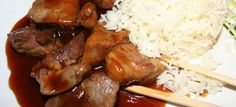 Pour ce soir, je vous propose un plat délicieux qui n'est autre qu'un sauté de porc au caramel que vous pourrez accompagner d'un riz voir riz thaï ! Vous allez vous régaler je n'en ai aucun doute ! Ingrédients 300 gr de sauté de porc en dés 100 gr de champignons émincés 1 oignon 2 …