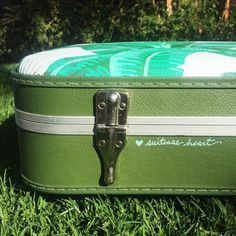 Suitcase Heart: hand-painted vintage suitcases ♥ @suitcase_heart