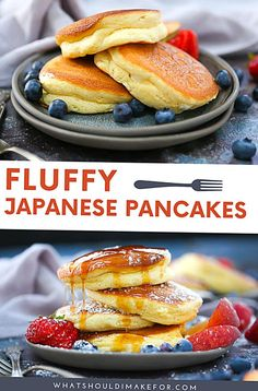 These fluffy Japanese pancakes have a light and airy souffllike texture are completely addictive AND YES you can make them right in your own kitchen Souffle Pancakes, Tasty Pancakes, Fruit Pancakes, Pumpkin Pancakes, Breakfast And Brunch, Japanese Fluffy Pancakes, Easy Japanese Pancake Recipe, Homemade Pancakes Fluffy, Easy Japanese Recipes