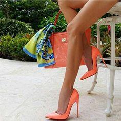 #stilettoheelsboots #stilettoheelsoutfit