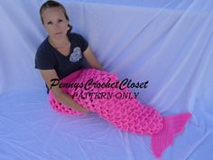 PATTERN ONLY mermaid tail sack, pattern includes sizes 0-6 months, 6-12 months, 1-4 years, 5-10 years & 11-adult, lots of pictures included