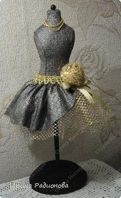 DIY: dress form pincushion
