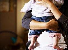 Mãe de leite, mãe do peito, mãe de consideração; Mãe mulher, mãe menina, mãe masculina; Mãe biológica, mãe natureza, mãe de coração; Mãe leoa, mãe coruja, mãe emoção;  Mãe de santo, mãe do povo, mãe de luz; Mãe de amor, mãe divina, mãe de Jesus; Mãe guerreira, mãe dengosa, mãe sofredora; Mãe briguenta, mãe ciumenta, mãe toda boa;  Mãe maravilha, mãe amiga, mãe avó; Mãe solteira, mãe independente, mãe carente; Mãe de primeira viagem, mãe experiente;  Mãe da preguiça, mãe da lua, mãe do ...