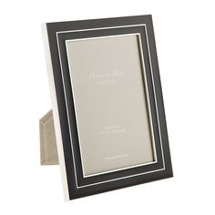 Manhattan Black Photo Frame from Addison Ross (10x15öshöz, 30.50gbp)