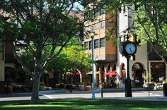 The Todos Santos Plaza is a focal point for the city of Concord. They feature a farmers market, free summer concerts, and various restaurants. The plaza is just over 2 miles from Santiago's Dalis Gardens Mobilehome Park.