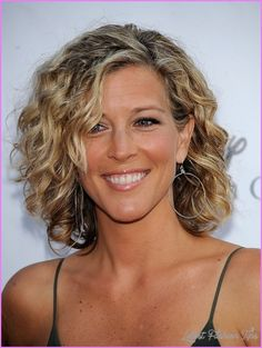 awesome Best curly haircuts for women over