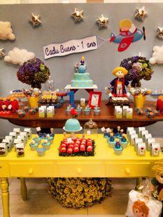 Fru Fru & Cia | Pequeno Principe - Cadu Bueno 1 ano Prince Birthday Party, Birthday Party Decorations, First Birthday Parties, First Birthdays, Party Favors, Little Prince Party, The Little Prince, Baby Party, Baby Shower Parties