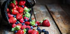 DIY: Berries for beauty