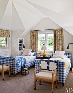 When Twin Beds Make A Big Statement - The Inside