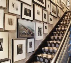love the gallery wall and geometric stair runner. interior design by eric kohler Home Interior, Interior Design, Architecture Restaurant, Decoration Entree, Beautiful Stairs, Beautiful Wall, Beautiful Life, Entrance Foyer, Entryway