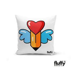 Na FLUFFY você encontra vários modelos de almofadas lindas para decoração de sua casa!  www.fluffybrazil.com/loja   #pillow #almofadas #asas #heart #coracao #blue #red #pen #lapis