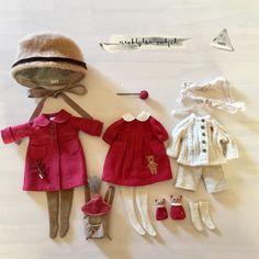 ✨赤いコートと洋服setです❤️( ᵕ̤ૢᴗᵕ̤ૢ )#blythe#blytheoutfit#blythecustom#doll#dollclothes#blythedoll#dollphoto#dollstagram#instadaily#harusya#ドール#アウトフィット#ブライス#手作り#
