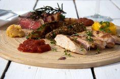 Australisches BBQ mit Akaziensamen.