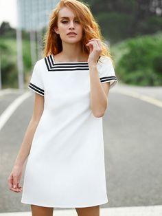 Kleid Kurzarm mit Streifen und Taschen - weiß