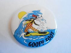 images of wdw goofy surfing | VINTAGE-2-1-4-PROMO-PINBACK-BUTTON-86-090-DISNEY-GOOFY-FOOT-SURFING