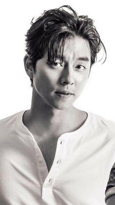 ❤❤ 공유 Gong Yoo ♡♡ Life was its usual and then there's Yoo. Korean Men, Asian Men, Asian Actors, Korean Actors, Goblin Gong Yoo, Oppa Gangnam Style, Yoo Gong, Coffee Prince, Kdrama Actors