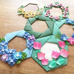 Origami And Kirigami, Paper Crafts, Diy Crafts, New Years Decorations, Origami Flowers, Mother And Child, Spring Crafts, Flower Crafts, Projects For Kids
