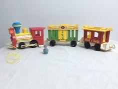 Très recherchés, la locomotive du CIRCUS TRAIN et ses deux wagons : la cage et…