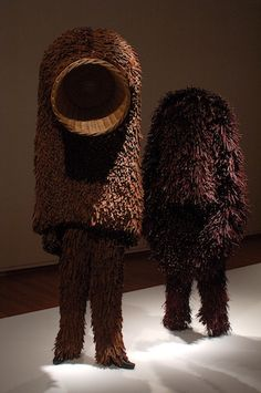 twig soundsuit - nick cave. Nick Cave did an installation at my school similar to this, but in fabric/fibers. he's amazingly talented and has such a creative mind.