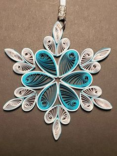 Your place to buy and sell all things handmade Neli Quilling, Quilled Roses, Paper Quilling Cards, Paper Quilling Patterns, Quilling Ideas, Quilling Christmas, Christmas Crafts To Make, Christmas Ornaments, Angel Ornaments