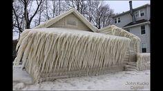 猛烈な吹雪で米・オンタリオ湖畔の家が大変なことに - DNA