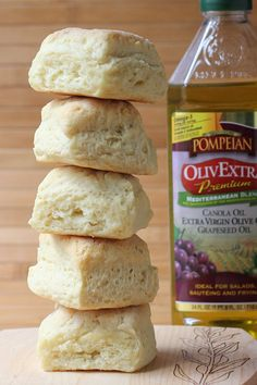 Cookistry: No-Butter Biscuits-uses olive oil to produce these flaky tender biscuits