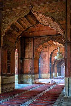 Jama Masjid mosque in Delhi | India. Repined by www.flooglebinder.co.uk