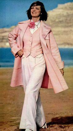 L'Officiel magazine 1972 Chloé Love the pink gingham check! Women's vintage designer fashion photography photo image
