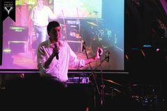 Lanky Delhi lad Rajneesh Kapoor performing at Town House Cafe. #StandUpComedy #Yahavi #TownHouseCafe #ConnaughtPlace #Delhi