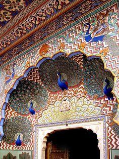 Puerta del pavo real en Jaipur, India.